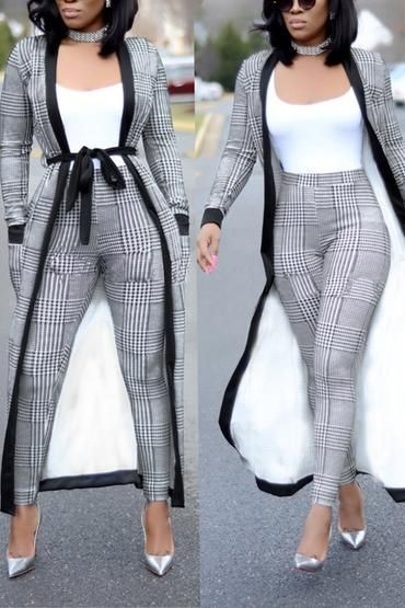 Patterned Two Piece Set Of Hem Kimono And Pants. Definitely In Trend And Stylish