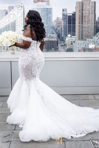 Sleeveless Stunning laced Mermaid wedding Dress
